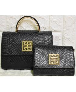 https://www.marroni.fashion/image/cache/catalog/2019/02.2019/tsantes-1/m-519-gynaikeia-set-xondriki-250x300.JPG