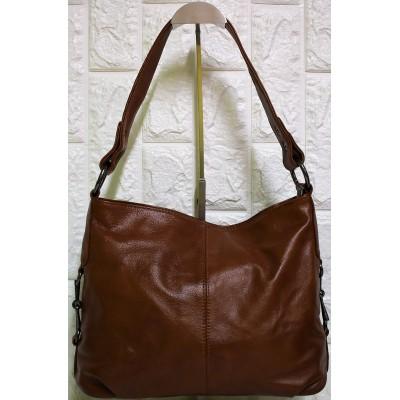 Δερμάτινη γυναικεία τσάντα Μ-617